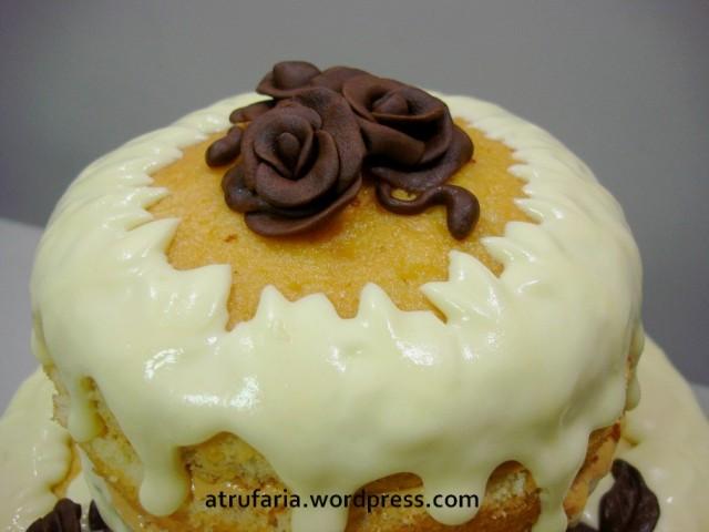 Rosas em pasta de chocolate