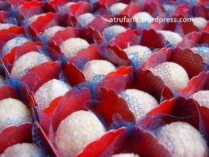 Beijinhos especiais, no açúcar de confeiteiro