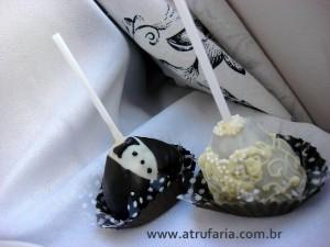 Cakepops de gala, noivinhos para acompanhar...