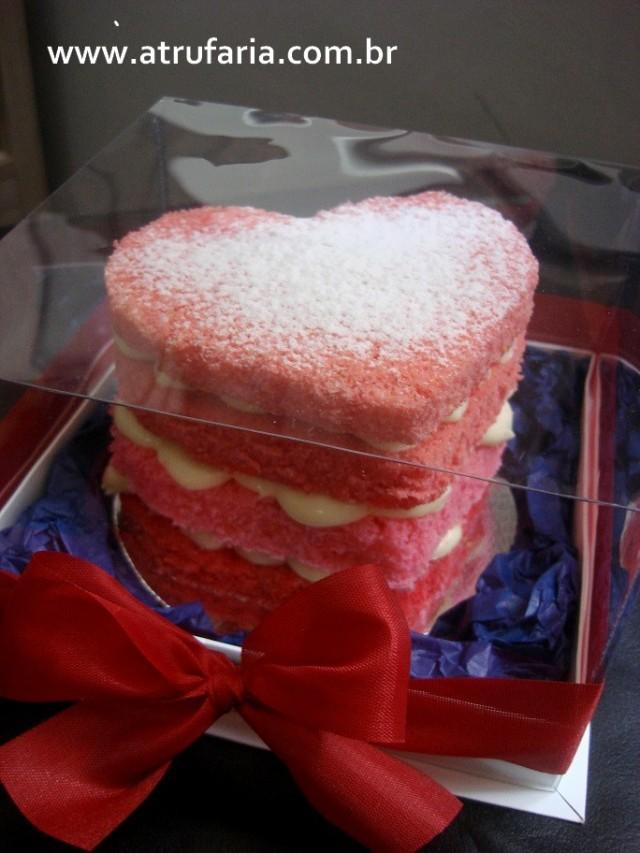 Mini Naked Cake em formato de coração